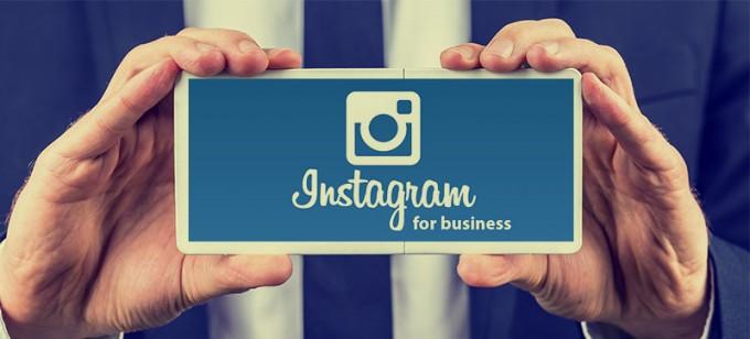 tombol contact di profil instagram