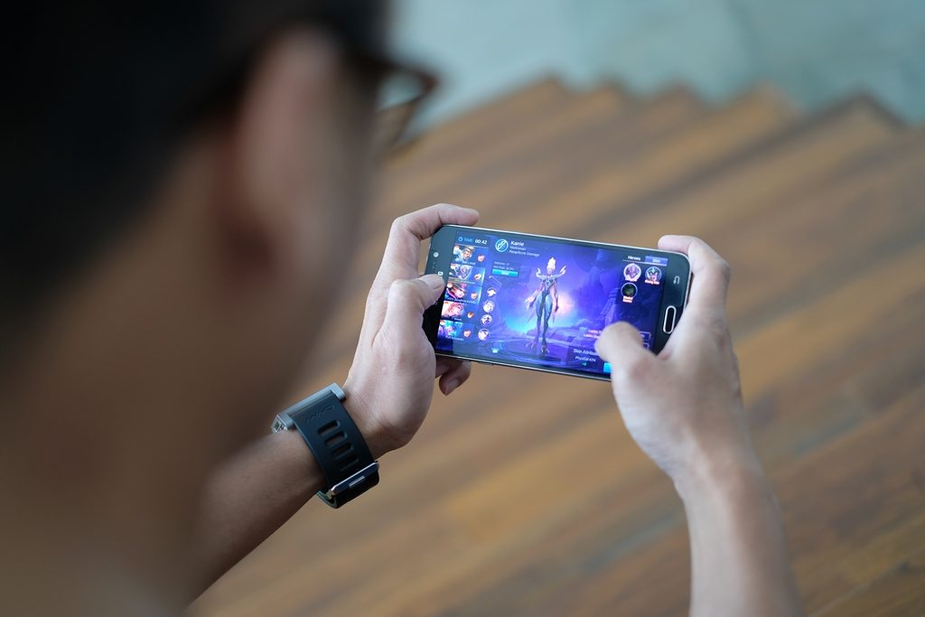 kompetisi mobile legends professional