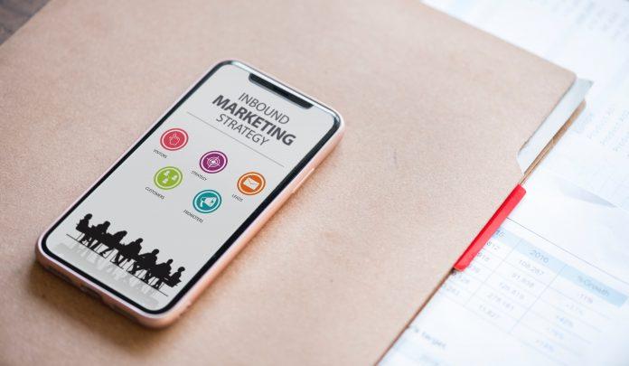 strategi jitu tingkatkan penjualan dari founder dan tim startup